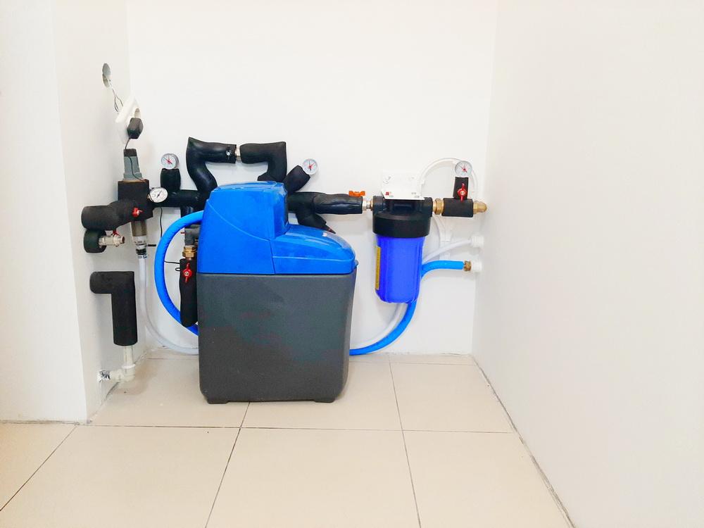 монтаж водоочистки BWT в квартире